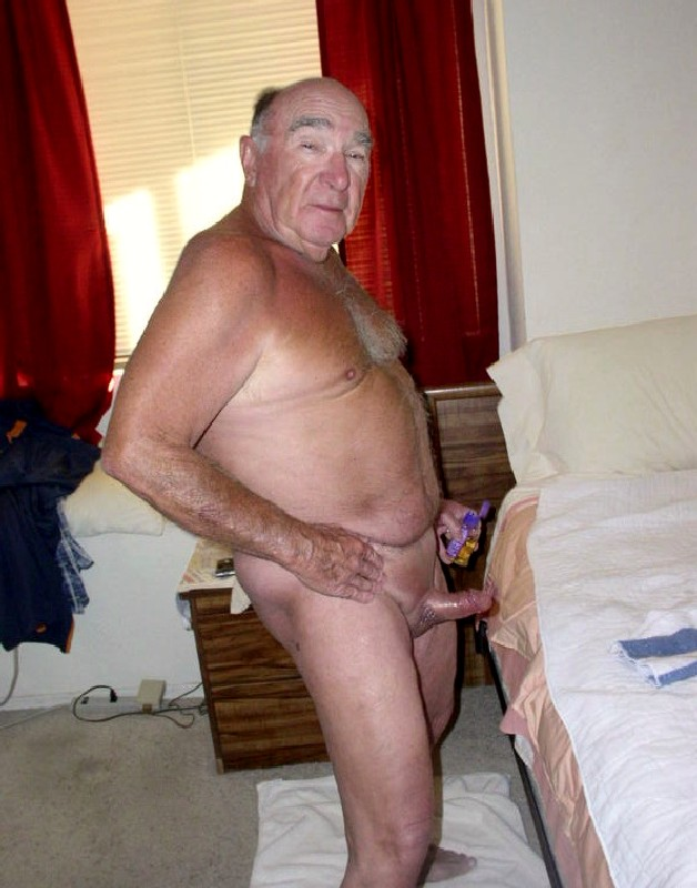 Have A Look At Steven Enjoyable Silver Daddies Gays