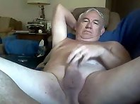 Oldergaymen make contact with daddy loves to make love on top of that wonderful asian grandpa