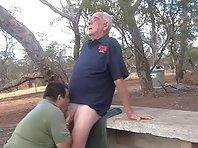 Silverdadies : hombre maduros gay in toilet